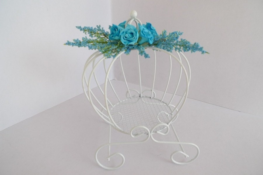 Cinderella Carriage Center Piece decorated flower carriage Wedding