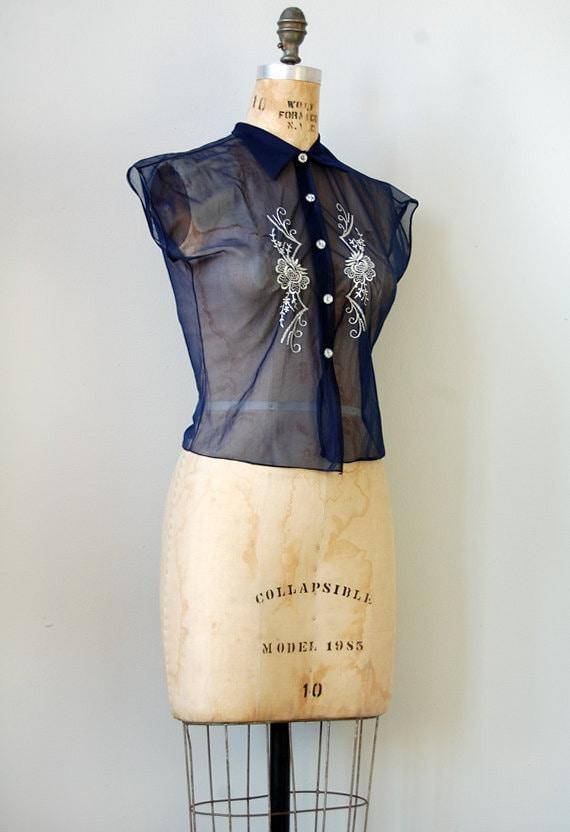 vintage 1950s blouse / vintage 50s blouse / Cornflower Rustle Blouse