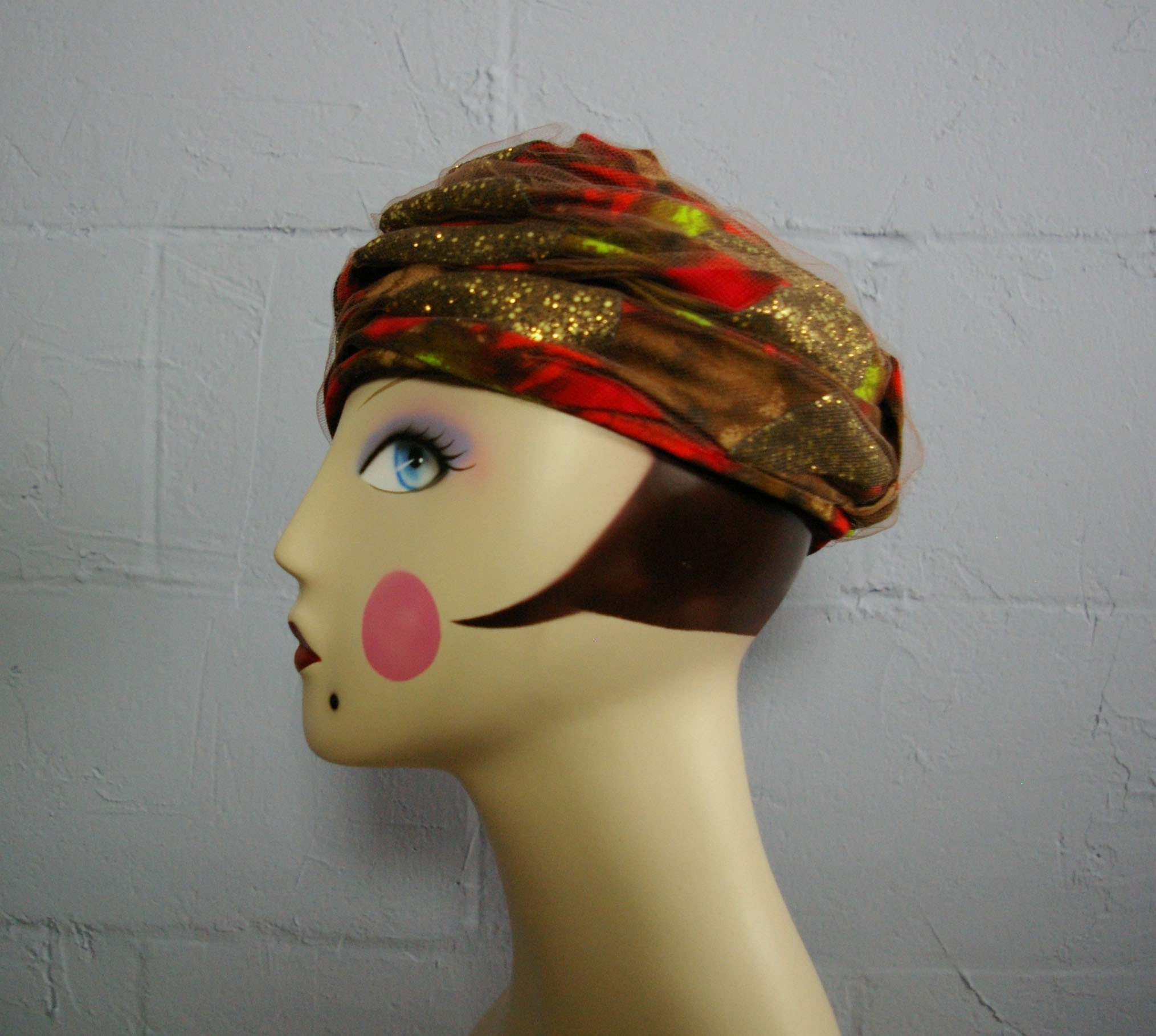 Etsy :: MariesVintage :: Vintage 50s GOLD Flecked TURBAN Hat from etsy.com