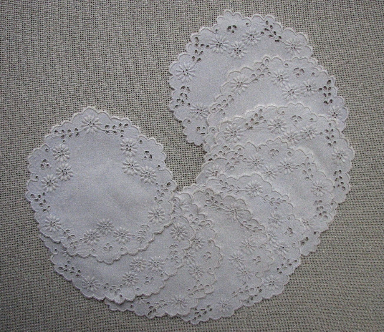 Embroidery fabric definition makaroka