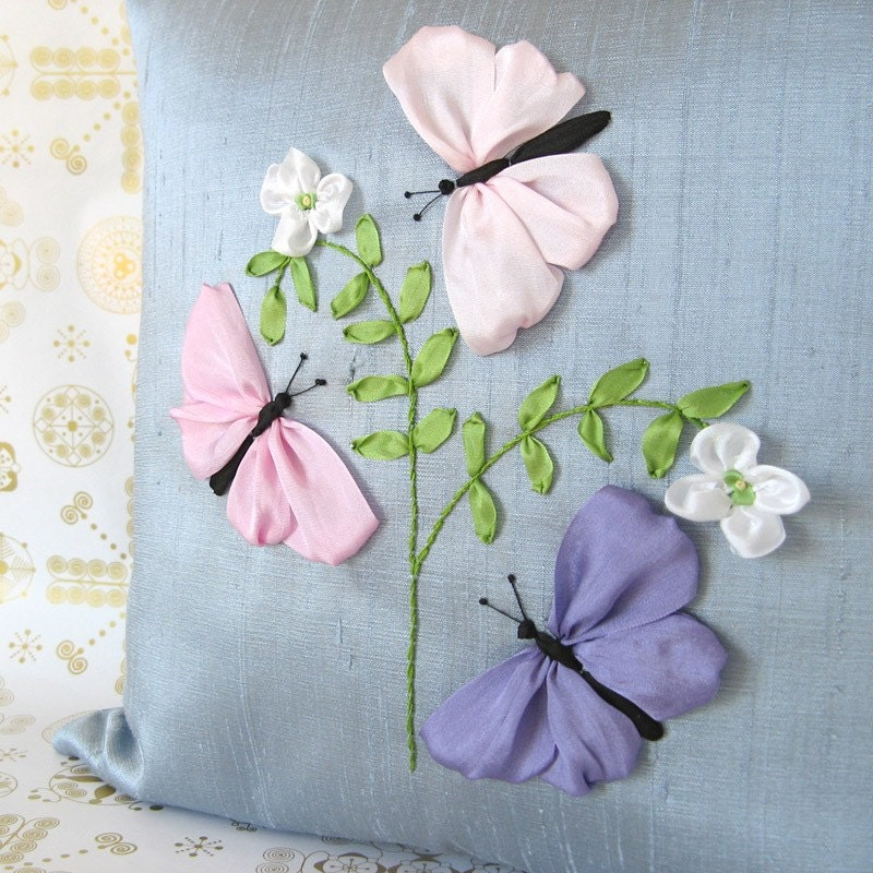 Embroidery silk ribbon « origami
