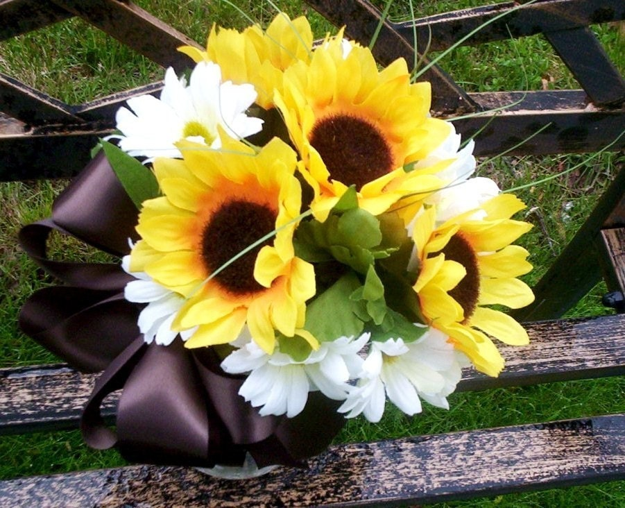 Wedding Bouquets for Summer Weddings