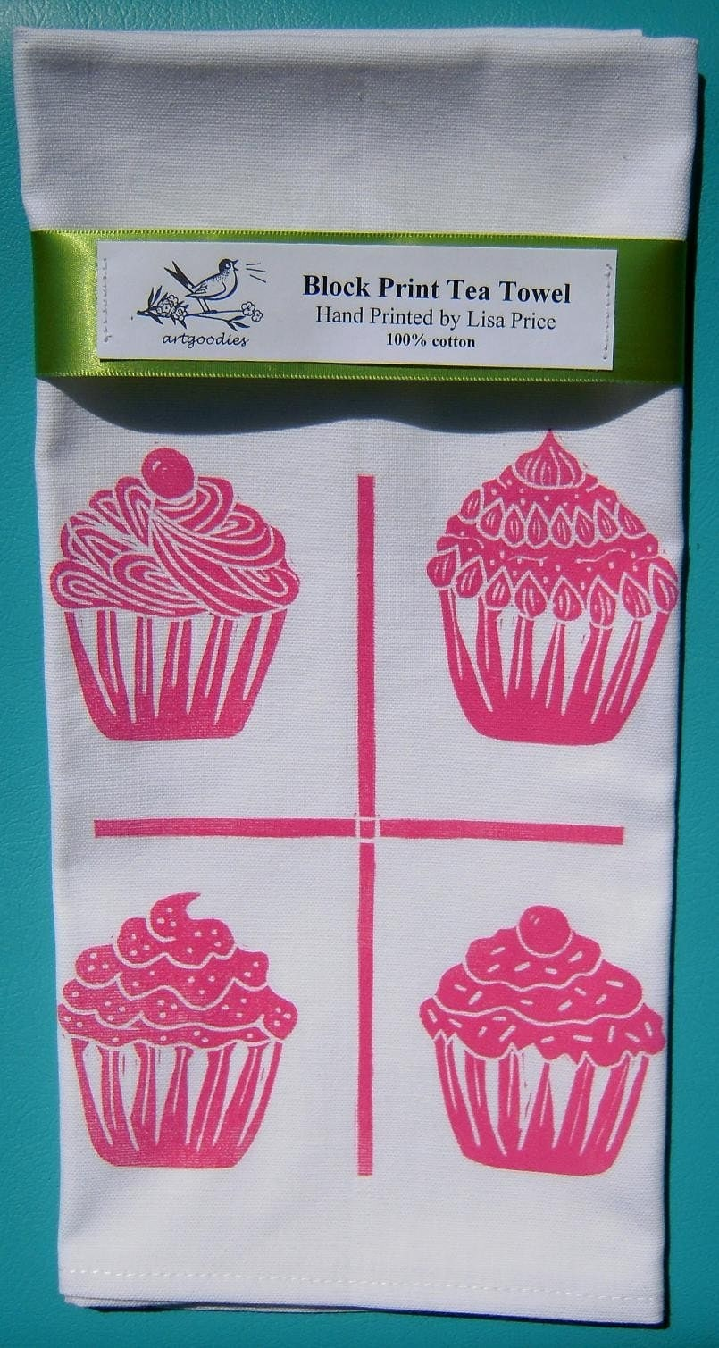 Sometimes you just want to have more than one cupcake! Satisfy your craving with my artgoodies block print mini cupcake tea towel!