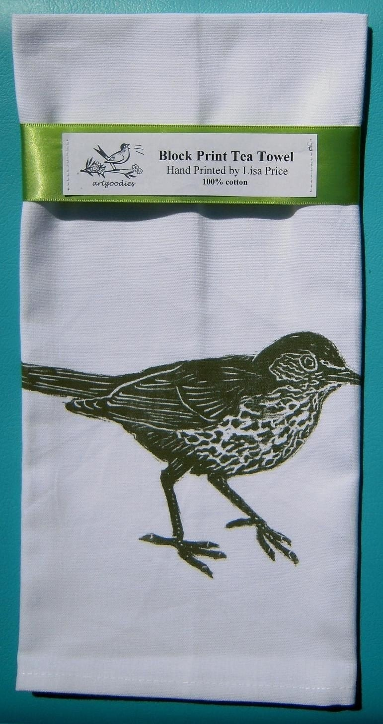 Get the look with my artgoodies woodthrush towel and more items below! Plus check out more items in my vintage shop by searching there for green!