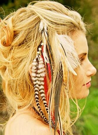 Как сделать перышки на короткие волосы
